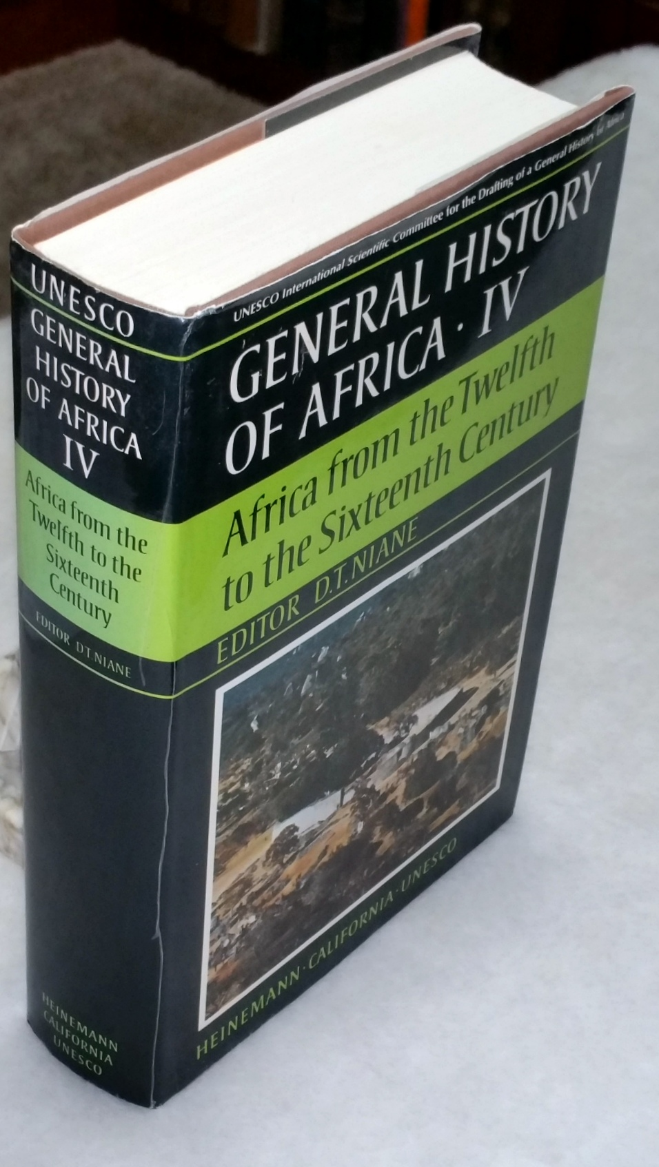 Image for General History of Africa, IV: Africa From the Twelfth to the Sixteenth Century (Volume IV ONLY of the Eight Volume set)